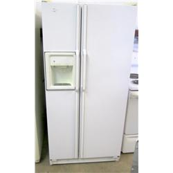 GE Side by Side Refrigerator