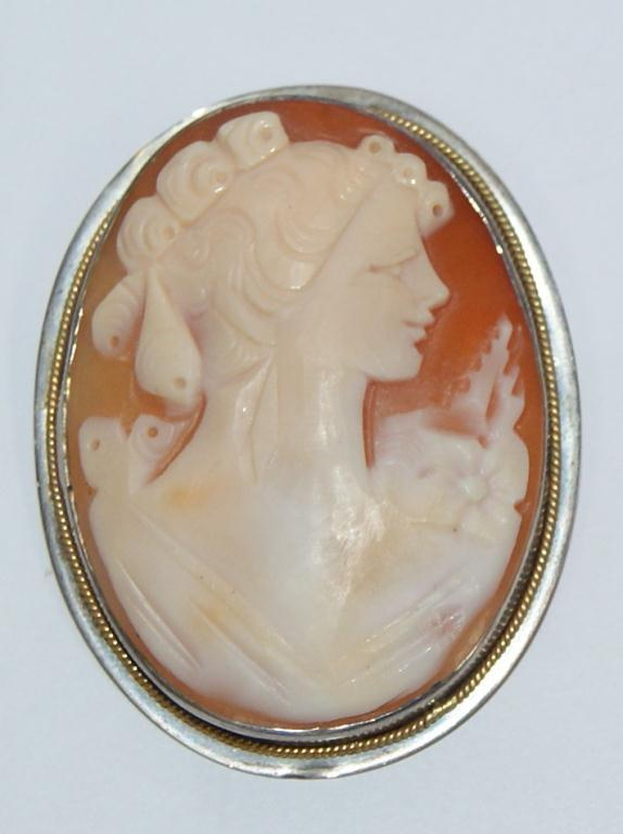 1920s italian cameo hand made brooch pendant image 1 1920s italian cameo hand made brooch pendant aloadofball Image collections