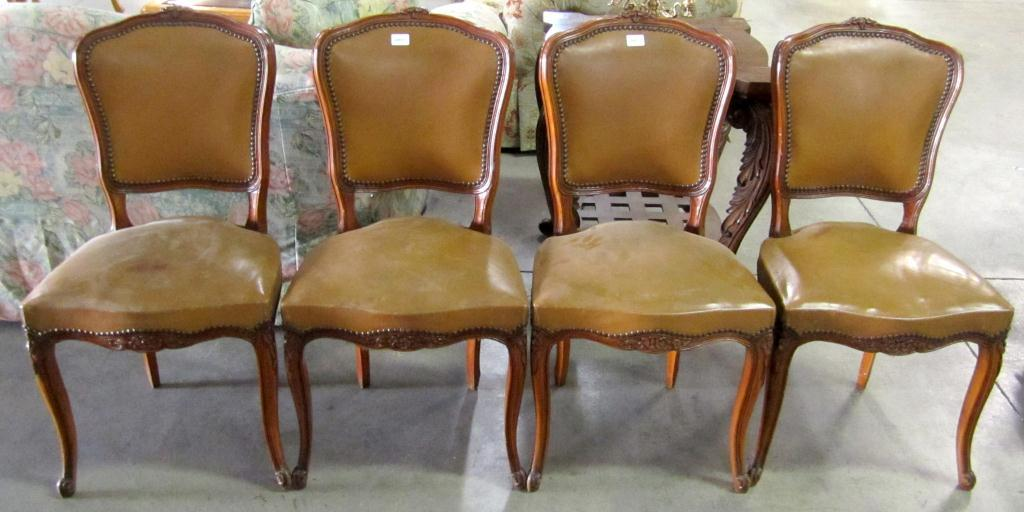 lot of 4 vintage dining room chairs