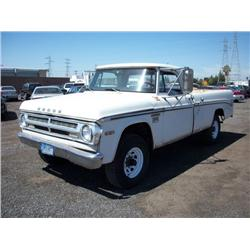1970 Dodge Power Wagon Camper Special 4x4 Pickup