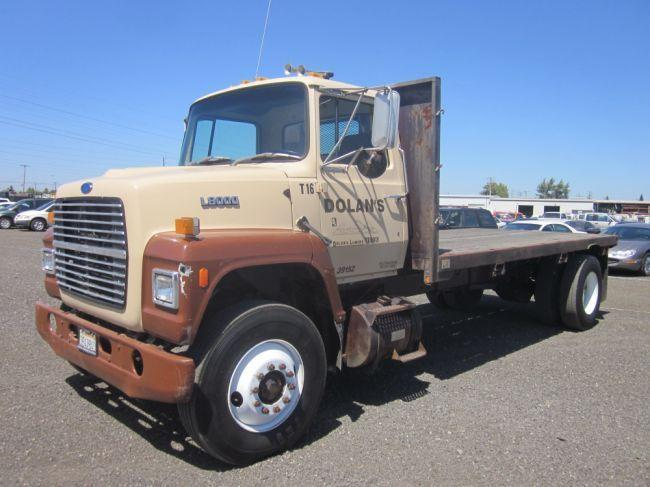 1987 Ford L8000 16 S A Flatbed Truck