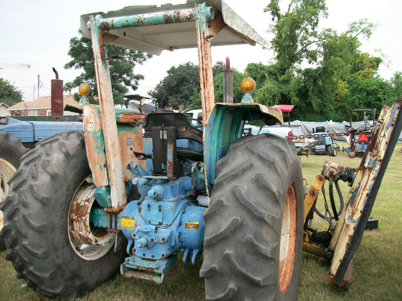 Ford 5600 Tractor : Ford tractor