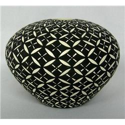 Acoma Black & White Seed Jar by C W Kee