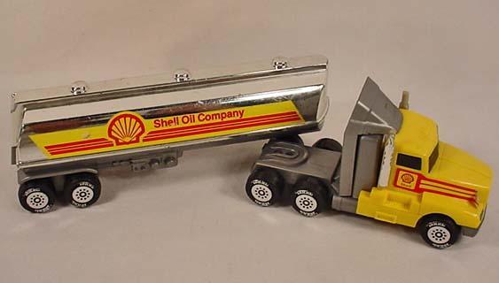 Toy Semi Trucks And Trailers : Shell oil company toy semi truck and trailer