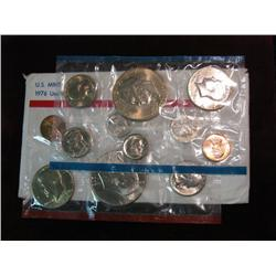 529. 1976 US Mint Set. Original as Issued.