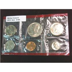 554. 1979 Denver U.S. Mint Set in red cellophane.