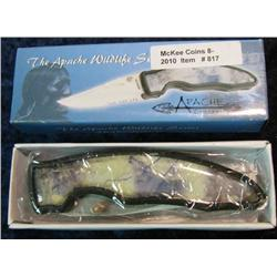 817. Apache Cutlery Wildlife Series  Wolf Knife.
