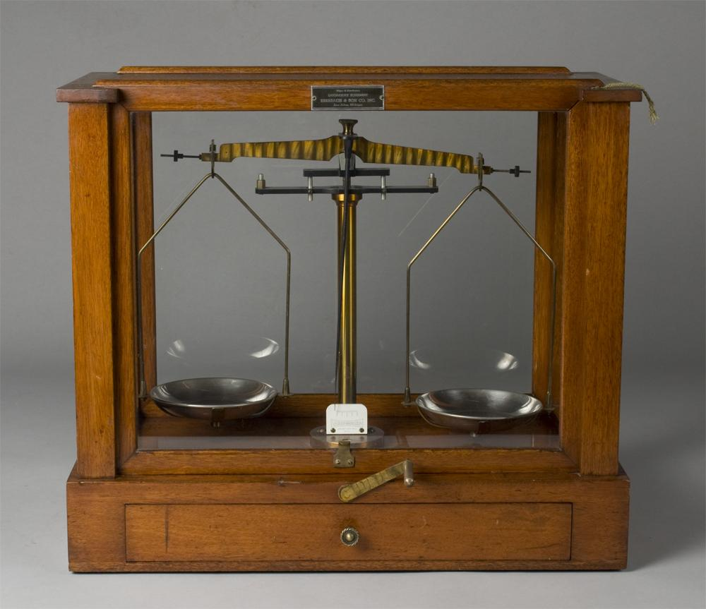 Balance Scale Precision balance scale by