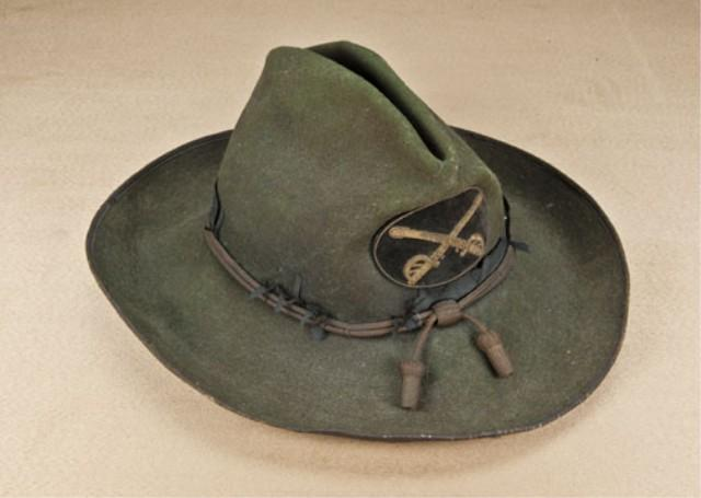 Image 1   Private purchase cavalry officer s slouch hat with green felt  body. Original cavalry 1b790fcc5