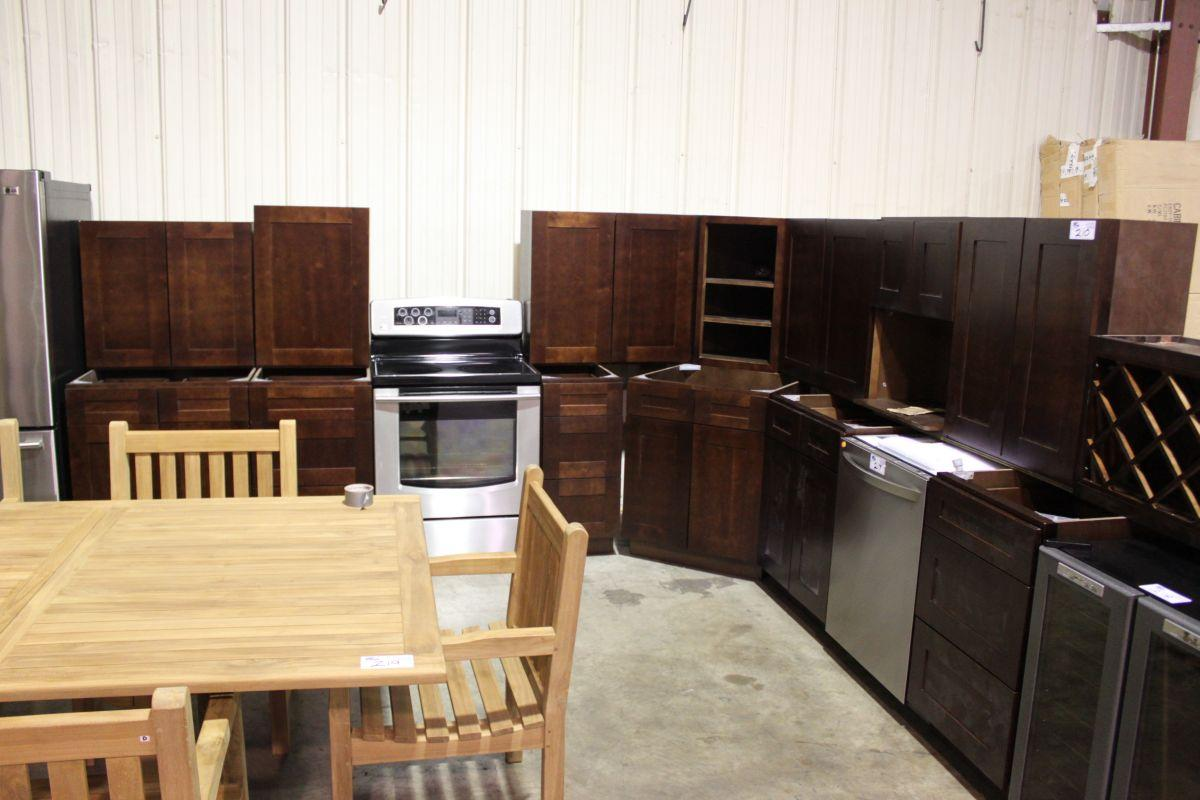 mahogany 16 piece kitchen cabinet set able auctions. Black Bedroom Furniture Sets. Home Design Ideas