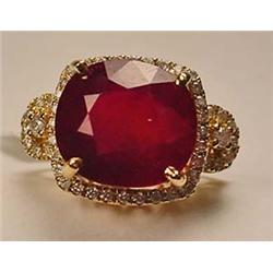 14K GOLD RUBY AND DIAMOND LADIES RING - SIZE 7.25