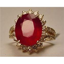 14K GOLD RUBY AND DIAMOND LADIES RING - SIZE 6.25