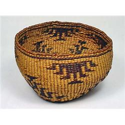 C. 1920S NATIVE AMERICAN INDIAN BASKET - POSS. HAT