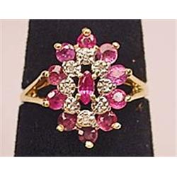 14K RUBY AND DIAMOND LADIES RING - SIZE 7