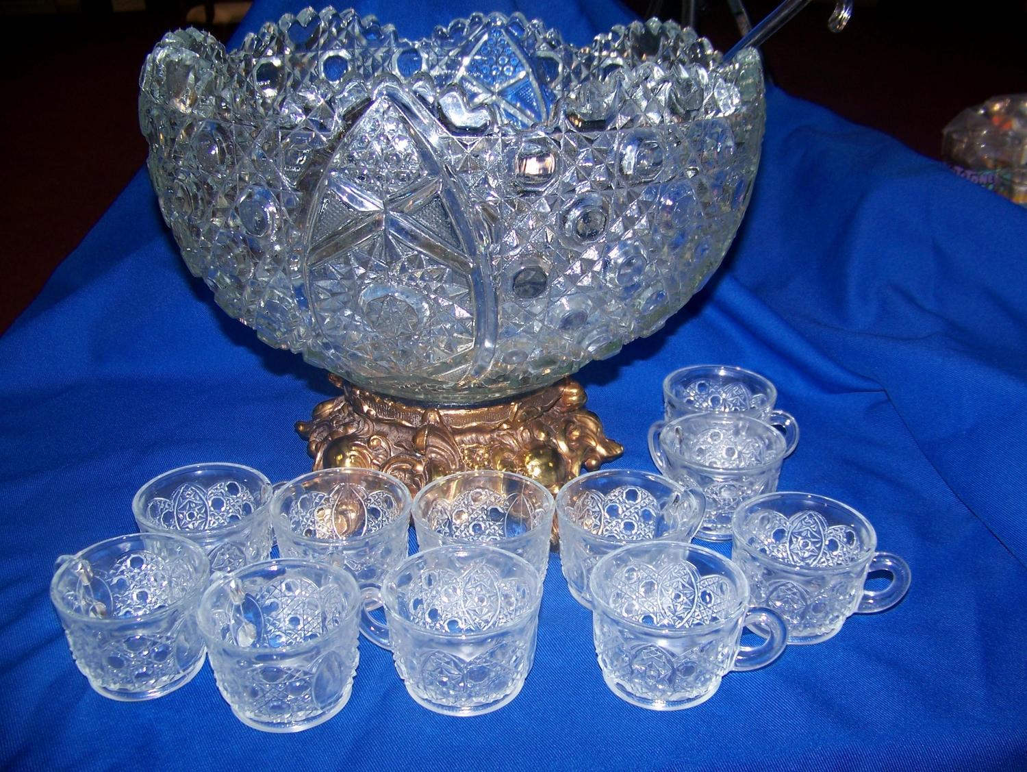 Vintage crystal punch bowl — photo 11