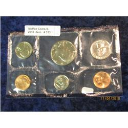 313. 1990 Philadelphia U.S. Mint Set in original cellophane, no envelope.