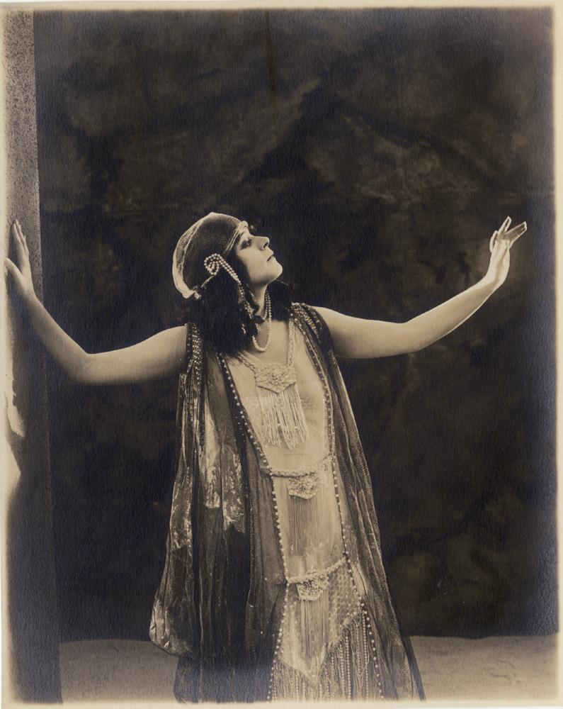 Image 2 Theda Bara Portraits From Salome By Albert Witzel Studio