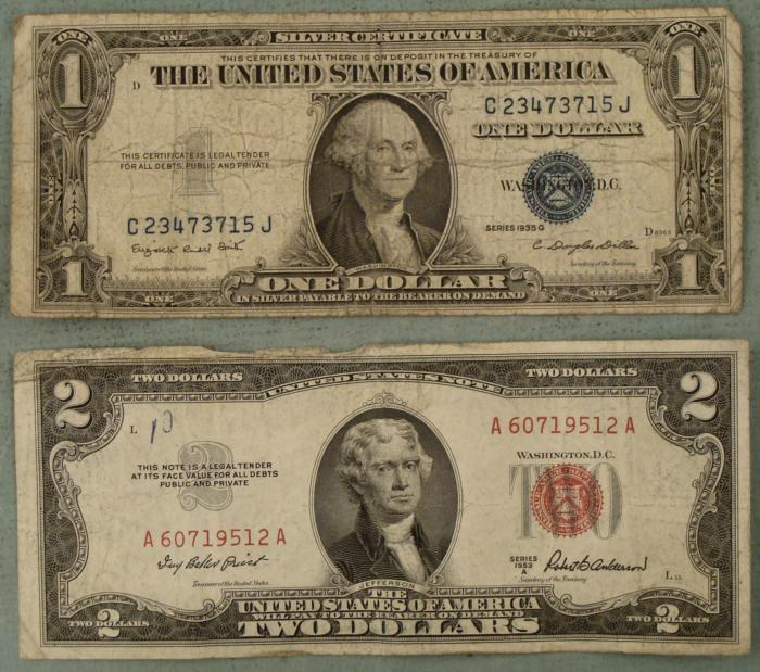 2 Notes 1935 Silver Certificate 1953 Red Seal 2 Bill