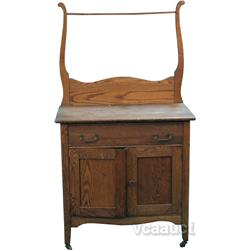 Early Oak Bathroom/Bedroom Washing Table/Dresser