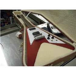 original gibson flying v electric guitar perfect condition w hard case. Black Bedroom Furniture Sets. Home Design Ideas