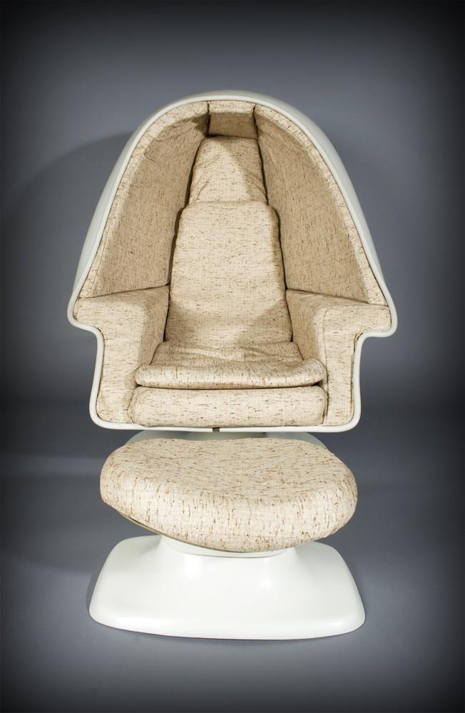 Lee West Inc Space Age Egg Pod Stereo Chair