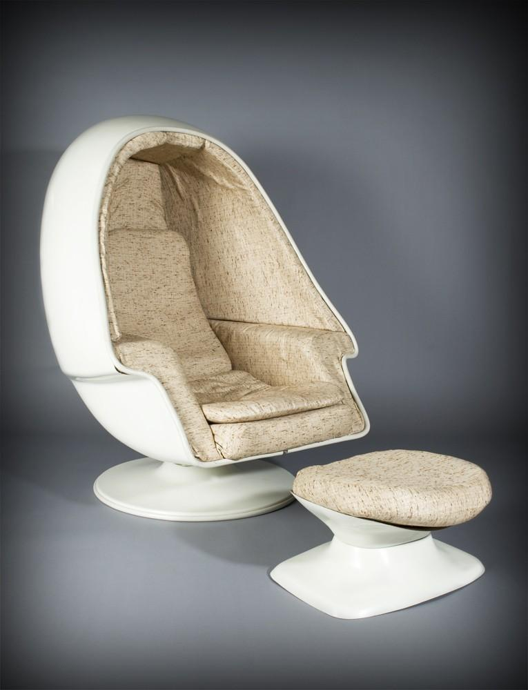 ... Image 2 : Lee West Inc. Space Age Egg Pod Stereo Chair ...