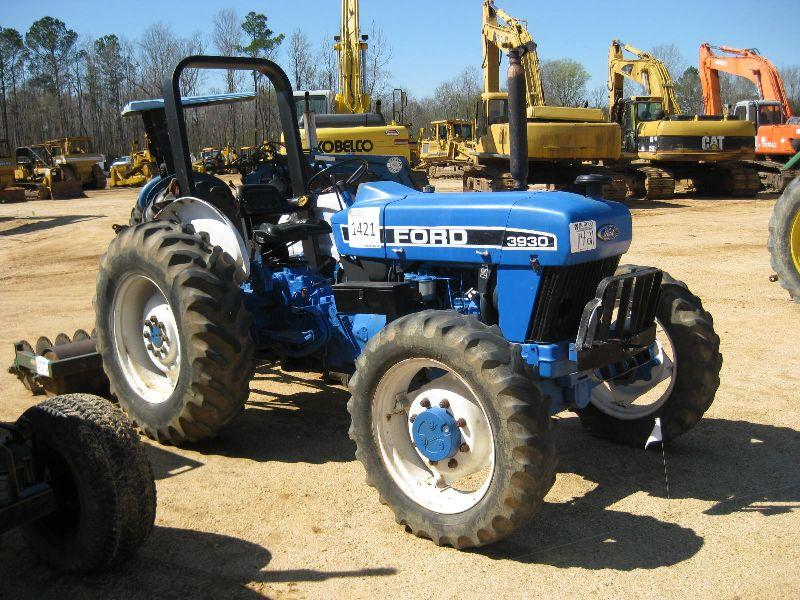 Ford Farm Tractors : Ford farm tractor j m wood auction company inc
