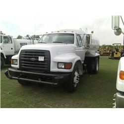 1999 FORD F800 S/A WATER TRUCK