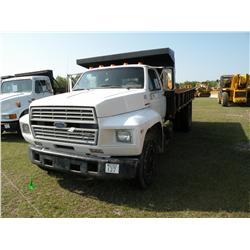 1989 FORD F600 S /A FLATBED DUMP