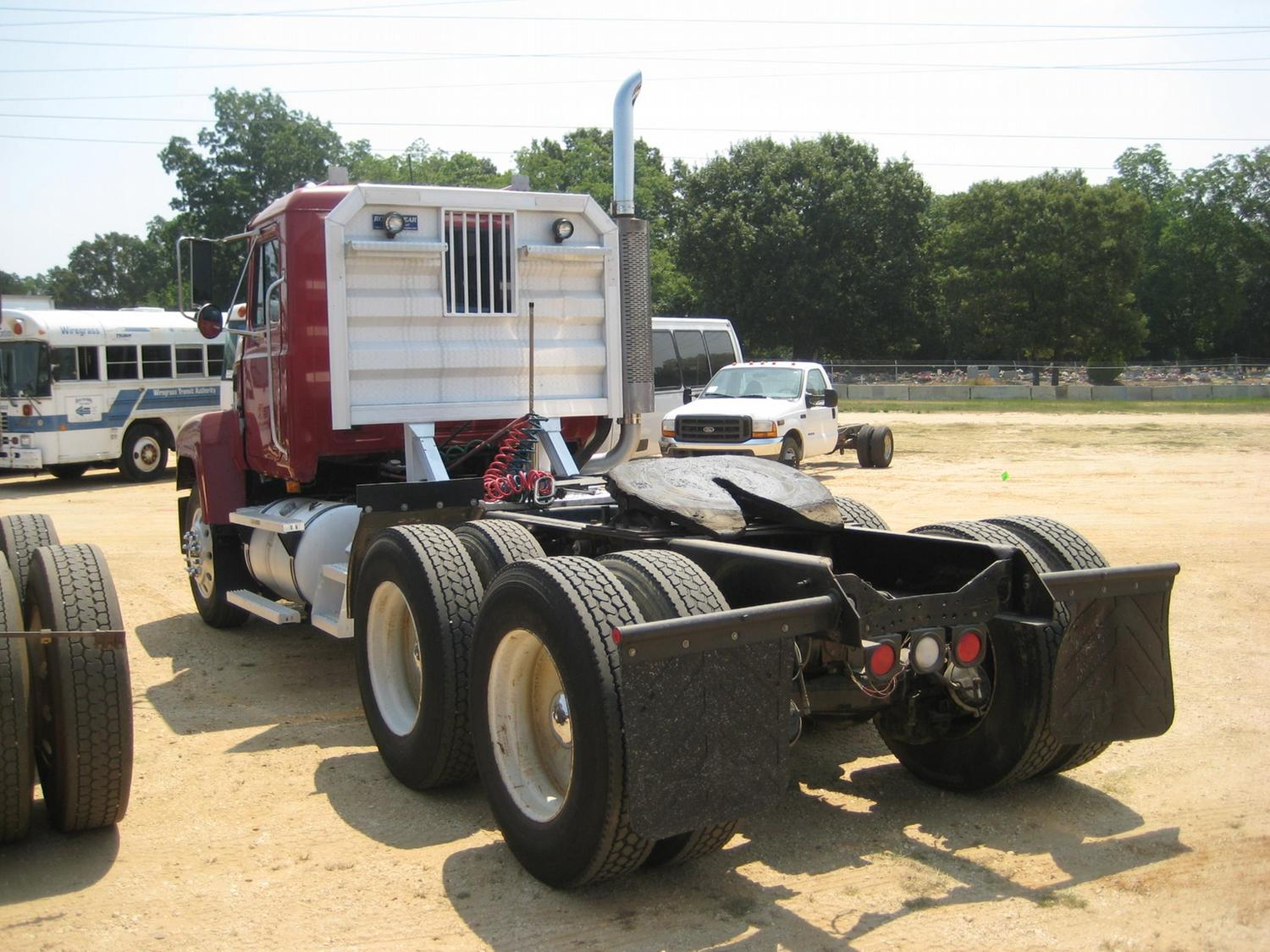 2000 Mack Tractor Truck : Mack ch t a truck tractor j m wood auction