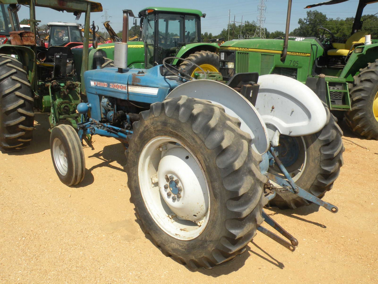 Ford 3000 Farm Tractor : Ford farm tractor j m wood auction company inc