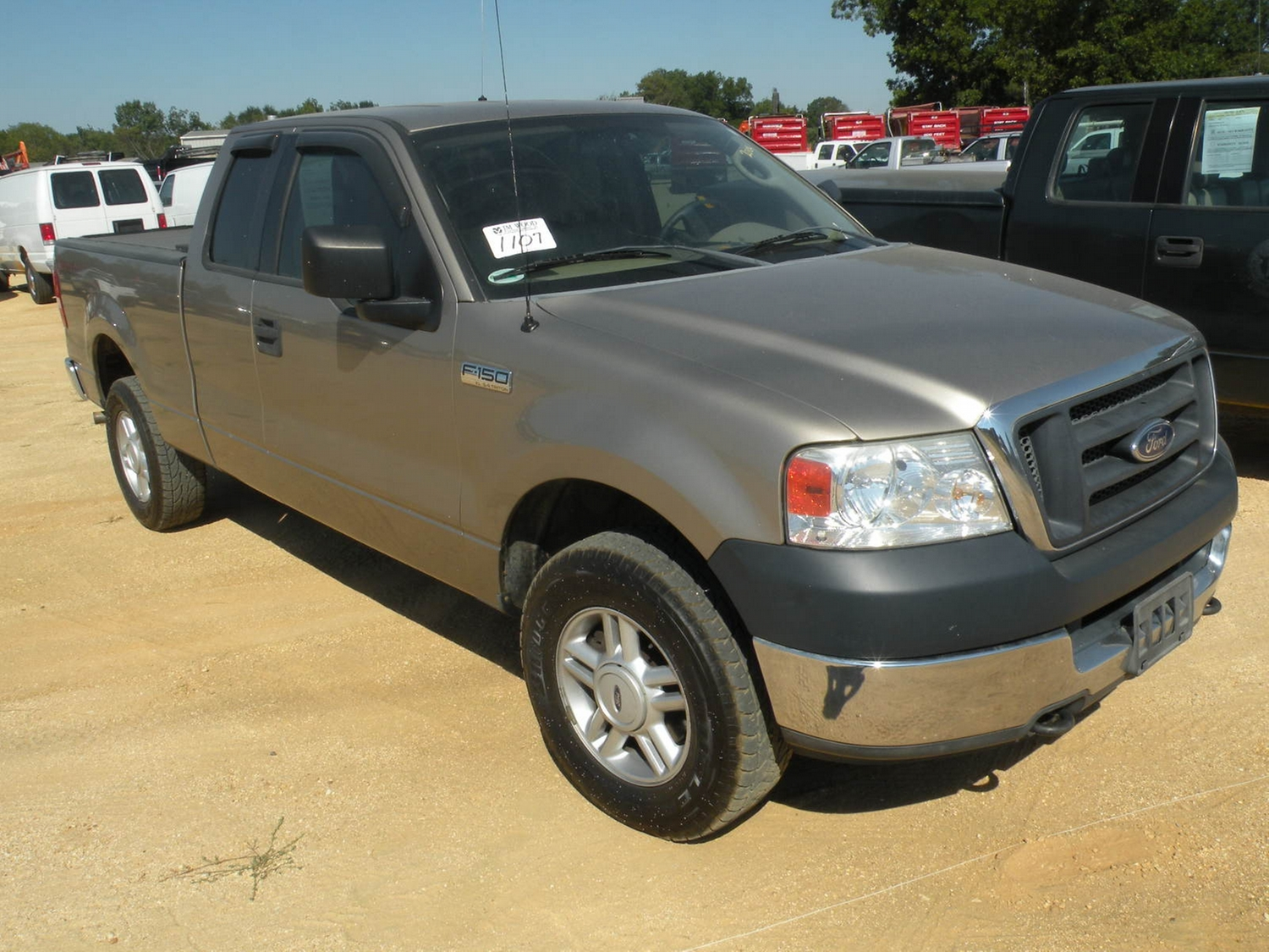 2004 ford f150 extended cab pickup j m wood auction company inc. Black Bedroom Furniture Sets. Home Design Ideas