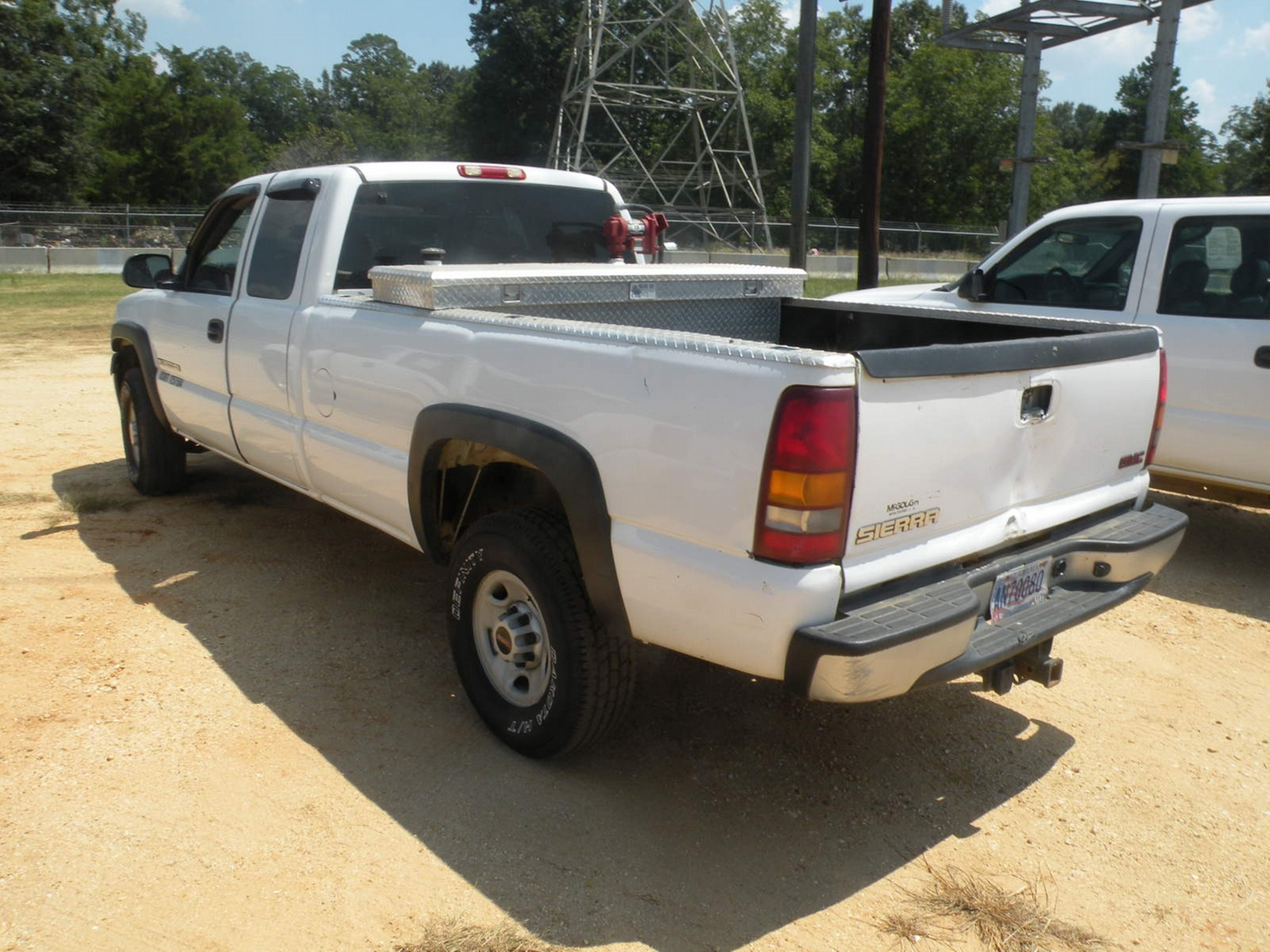 2002 gmc 2500hd extended cab pickup j m wood auction company inc. Black Bedroom Furniture Sets. Home Design Ideas