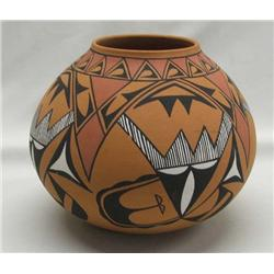 Native American 1985 Tiqua Olla By Holquin