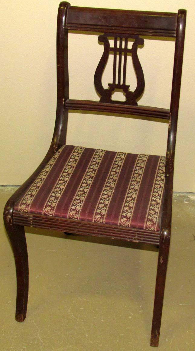 ... Image 2 : VINTAGE DROP LEAF TABLE W/ 4 LYRE BACK CHAIRS   Ta ...