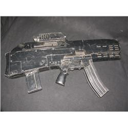 UNIVERSAL SOLDIER: THE RETURN - Jean Claude Van Damme Stunt Rifle