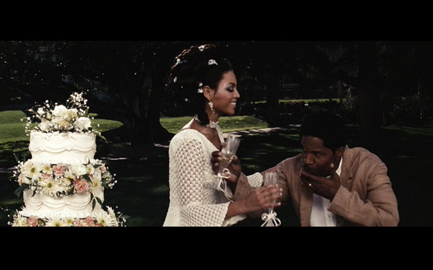 DREAMGIRLS – Deena Jones (Beyonce) crochet wedding dress