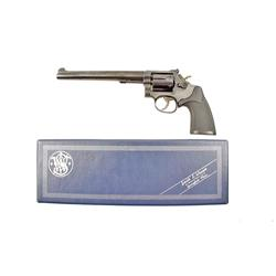 Smith & Wesson Mdl 48-3 Cal .22M SN:8K78826 Double action 6 shot revolver chambered for .22 MRF. Blu