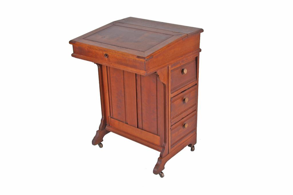 Image 1 : Antique Cherry Ships Captain Desk Desk has side drawers and  functioning lid, - Antique Cherry Ships Captain Desk Desk Has Side Drawers And