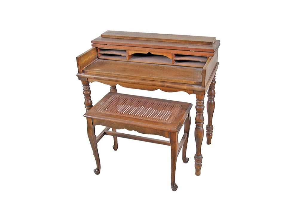 Small Wooden Secretary Desk Has Spindle Type Legs Drop