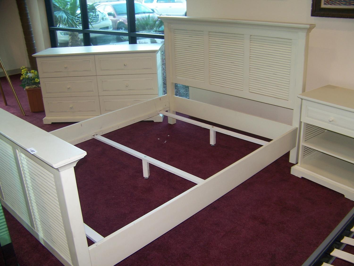 3 piece bedroom set queen size bed frame dresser and for Queen bed frame and dresser set