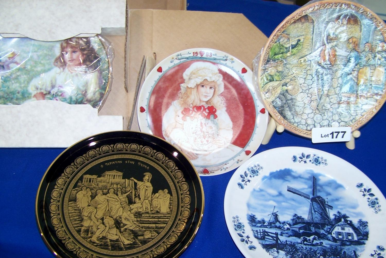 Image 1  Lot of (5) Collectible decorative plates. 1. Delft 1 & Lot of (5) Collectible decorative plates. 1. Delft 1. Handmade ...