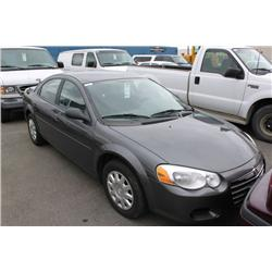 2004 grey chrysler sebring lx 4dr sedan. Black Bedroom Furniture Sets. Home Design Ideas