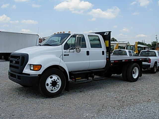 2004 FORD F650 CREW CAB S/A FLATBED