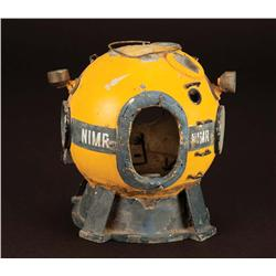 "Voyage to the Bottom of the Sea miniature prop ""Apple One"" diving bell"