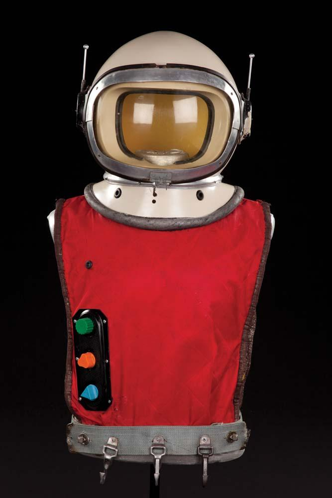 1998 lost in space space suit - photo #35