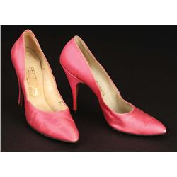 "Marilyn Monroe ""Amanda Dell"" pnk stn Ferragamo heels in ""Incurably Romantic"" nbr in Let's Make Love"