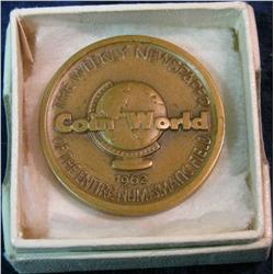1097. 1962 Coin World. Bronze Medal.