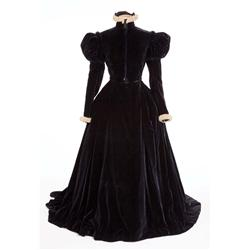 "Katharine Hepburn ""Mary Stuart"" black velvet dress by Walter Plunkett from Mary of Scotland"