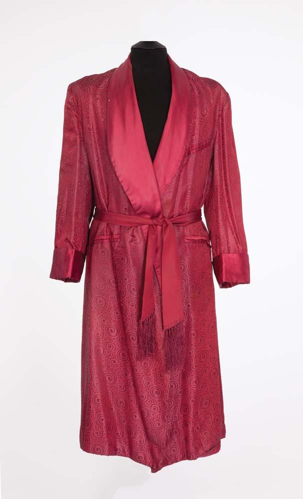 Clark Gable personal dressing gown for off-screen use during filming ...